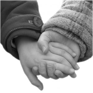 505428_holding_hands